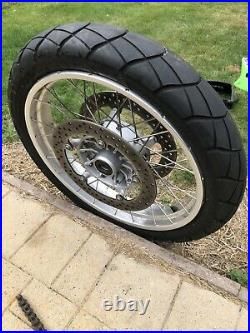 BMW R1200gs 04-08 front Wheel With Discs and Tyre