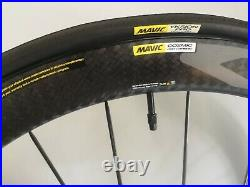 Mavic Cosmic Pro carbon Disc Front Wheel with Yksion Pro Tyre